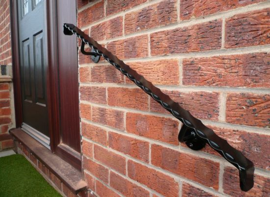 wall fixed iron handrail