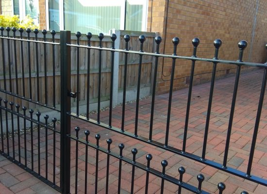 Double Ball Top Gates