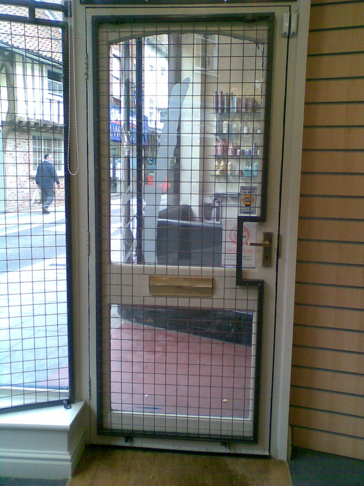 Mesh Security Grilles & Door Guard